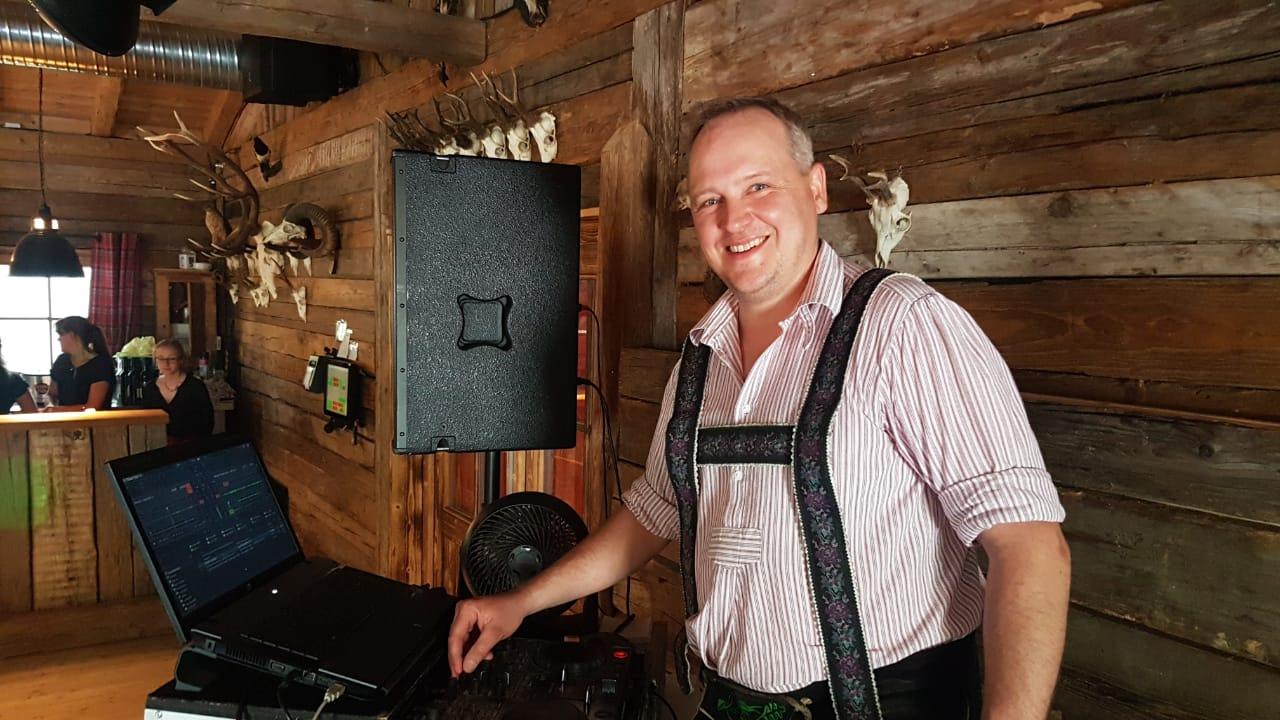 dj Hochzeit Brautverziehen DJ Michi DJ Chris Spino (1)
